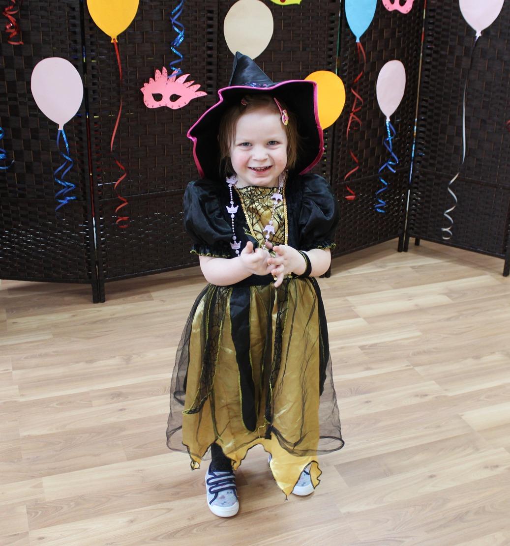 mała czarownica